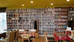 은퇴부부를 위해 지은 2층 컨테이너 카페주택: 신짱 칼라하우스의  서재 & 사무실