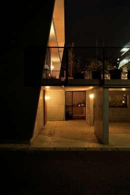 K-HOUSE: 株式会社長野聖二建築設計處が手掛けたガレージです。