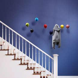 Corridor, hallway & stairs  by Creativando Srl