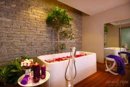 Bedroom Spa with Garden: scandinavian Spa by Savio and Rupa Interior Concepts