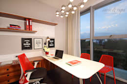 Home Office:  Office spaces & stores  by Savio and Rupa Interior Concepts