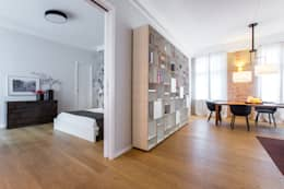 Livings de estilo moderno por CONSCIOUS DESIGN - INTERIORS
