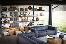 Salas / recibidores de estilo moderno por Riva1920