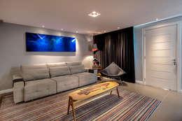 غرفة المعيشة تنفيذ VL Arquitetura e Interiores