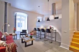 Salas/Recibidores de estilo industrial por Pureza Magalhães, Arquitectura e Design de Interiores