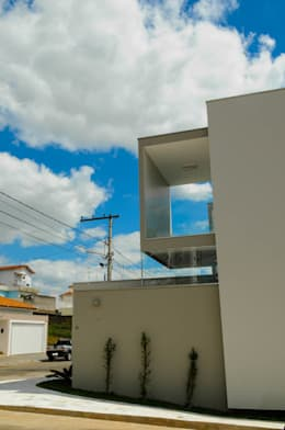 modern Houses by A/ZERO Arquitetura