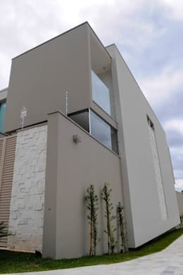 moderne Huizen door A/ZERO Arquitetura
