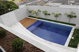 modern Pool by A/ZERO Arquitetura