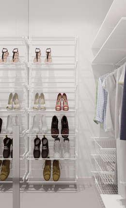 Vestidores y closets de estilo minimalista por  Евгения Млынчик