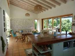 interior137 arquitectos : modern tarz Yemek Odası