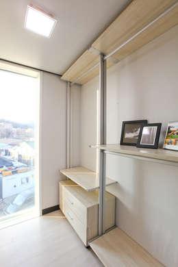 전원주택으로도 손색없는 다가구주택 [경기도 성남 시흥]: 한글주택(주)의  드레스 룸