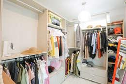 아이가 행복한 전원주택 [경남 거제도 지세포리]: 한글주택(주)의  드레스 룸
