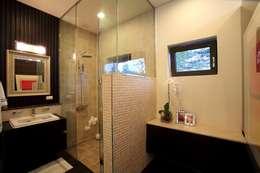 풍경,그곳에 살어리 랏다: 한글주택(주)의  화장실