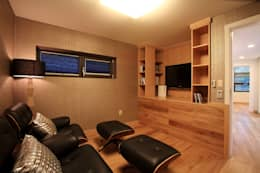 modern Media room by 한글주택(주)