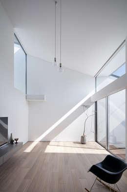 プラスアトリエ一級建築士事務所의  거실