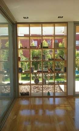 Talar del Lago II: Livings de estilo minimalista por estudio|44