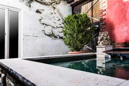 eclectic Houses by Die Fliese art + design Fliesenhandels GmbH