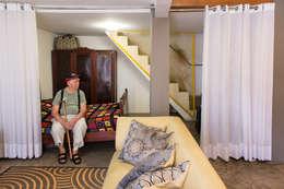 MEIUS ARQUITETURA: modern tarz Oturma Odası