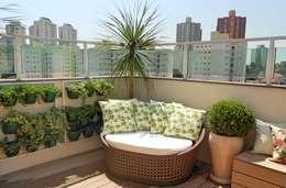 Terrazas de estilo  por Paty Nascimento Designer de Interiores e Paisagista