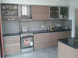 modern Kitchen by DS Arquitectos