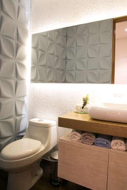 Baño Social: Baños de estilo moderno por Cristina Cortés Diseño y Decoración