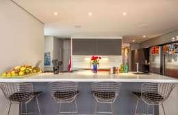 cozinha americana: Cozinhas modernas por acr arquitetura