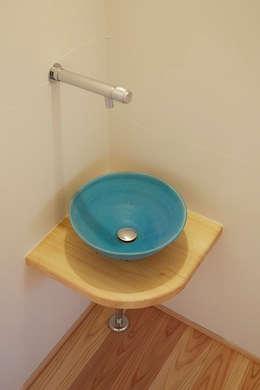 Phòng tắm by 一級建築士事務所co-designstudio