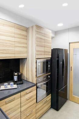 Residential - Lower Parel: modern Kitchen by Nitido Interior design