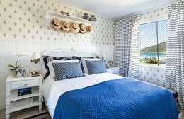 mediterranean Bedroom by Flavia Guglielmi Arquitetura