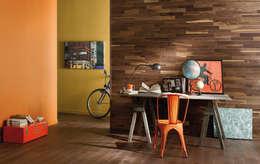 Pareti & Pavimenti in stile in stile Rustico di Rochene Floors
