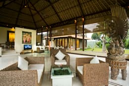 Salas de estilo asiático por Buseck Architekten