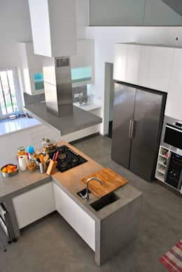 modern Kitchen by é ar quitectura