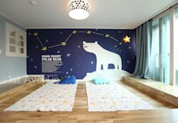 modern Nursery/kid's room by 퍼스트애비뉴