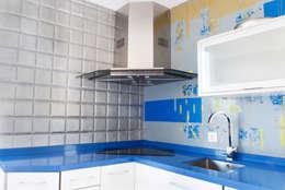 Cocinas de estilo moderno por MODULAR HOME