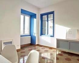 Casa Blu Pullman: Soggiorno in stile in stile Moderno di Impresa Costruzioni Interni
