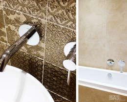Łazienka w złocie: styl , w kategorii Łazienka zaprojektowany przez SAS