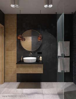 Salle de bains de style  par MArker