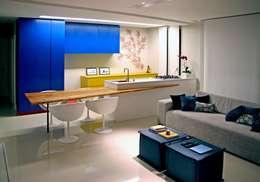 Comedores de estilo moderno por duse arquitetura.engenharia