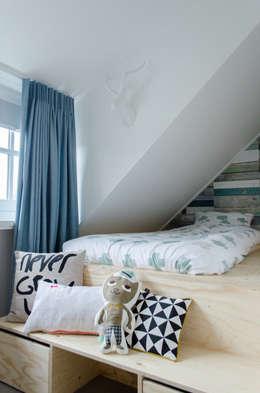 Interieurontwerp bovenverdieping Woonboerderij: industriële Slaapkamer door Mignon van de Bunt Interieurontwerp, Styling & Realisatie