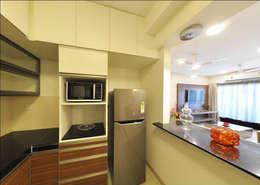 kitchen - breakfast counter: asian Kitchen by Uncut Design Lab