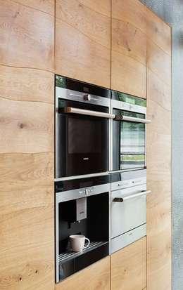 Cocinas de estilo clásico por Talium madera y metal