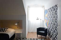 Chambre de style de style Rustique par ARCO mais - arquitectura e construção