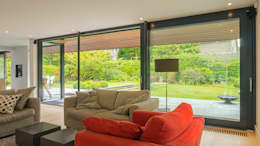 Renovatie en verbouwing villa in Ruitersbos te Breda: moderne Woonkamer door Joep van Os Architectenbureau