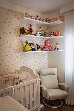 Dormitorios infantiles de estilo  por canatelli arquitetura e design