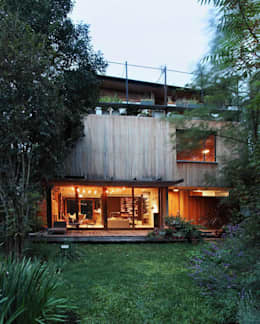 Casa OLIVOS: Casas de estilo rural por Arquitecto Alejandro Sticotti