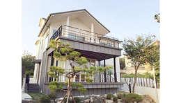 YJ HOUSE : 에이라이브의  복도 & 현관