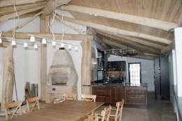 Печь и кухня на веранде.: Tерраса в . Автор – Ал