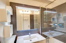 Salle de bain: Salle de bains de style  par Silvia Gianni