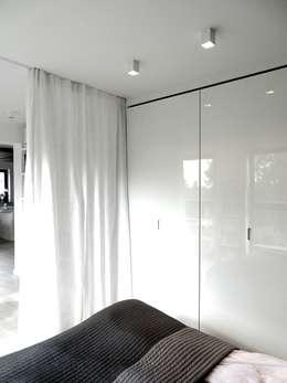 www.minimoo.pl: styl , w kategorii Sypialnia zaprojektowany przez MINIMOO Architektura Wnętrz