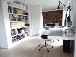 www.minimoo.pl: styl , w kategorii Domowe biuro i gabinet zaprojektowany przez MINIMOO Architektura Wnętrz